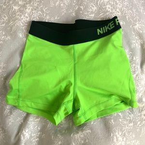 Nike Pro Shorts S